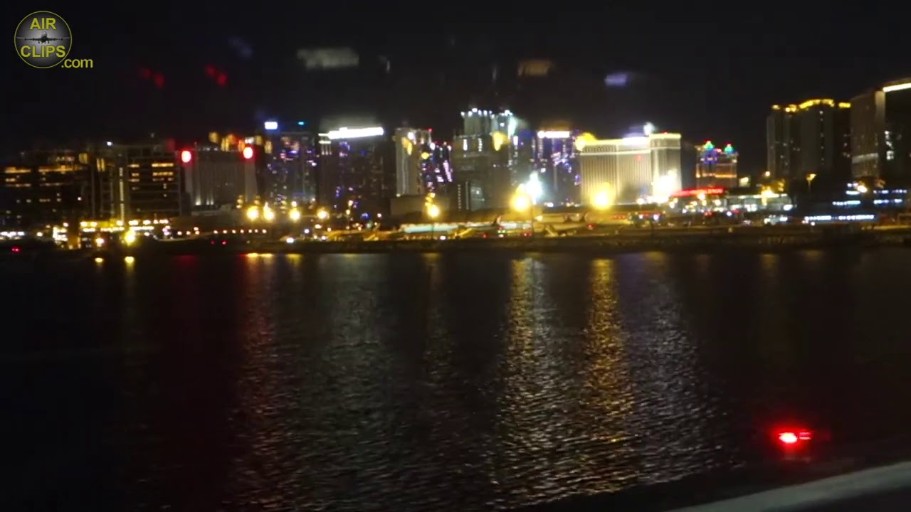 MAGIC Macau night landing with GREAT Casino Views!!! Air Macau A321 from Beijing!  [AirClips]
